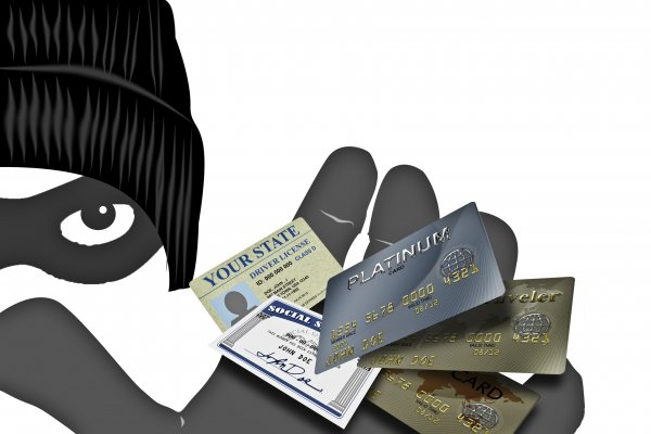 thief credit cards stealing identity theft